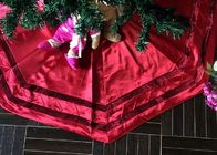 China Rotes Patchwork-Weihnachtsbaum-Rock-Polyester/Samt-Material für dekoratives usine